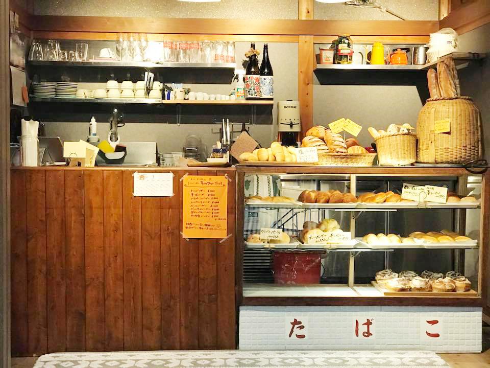 市島製パン研究所の店内